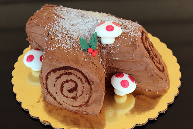 Bûche de Noël Cake