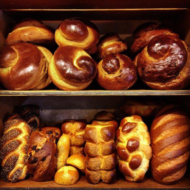 Zingerman's shelves of challah bread for Rosh Hashanah