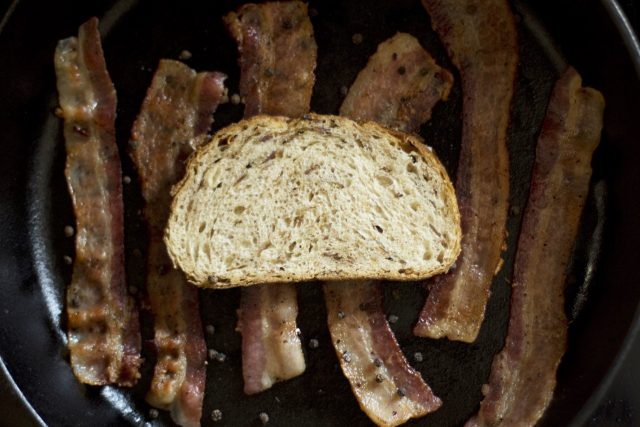 Zingerman's Bakehouse Peppered Bacon Farm Bread