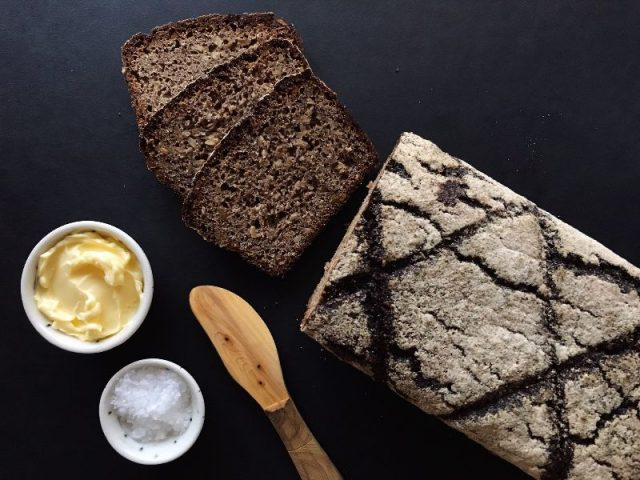Zingerman's Bakehouse Vollkornbrot Bread and butter