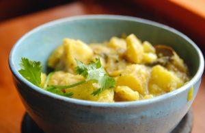 Epices de Cru Trinidad Curried Potatoes in a bowl